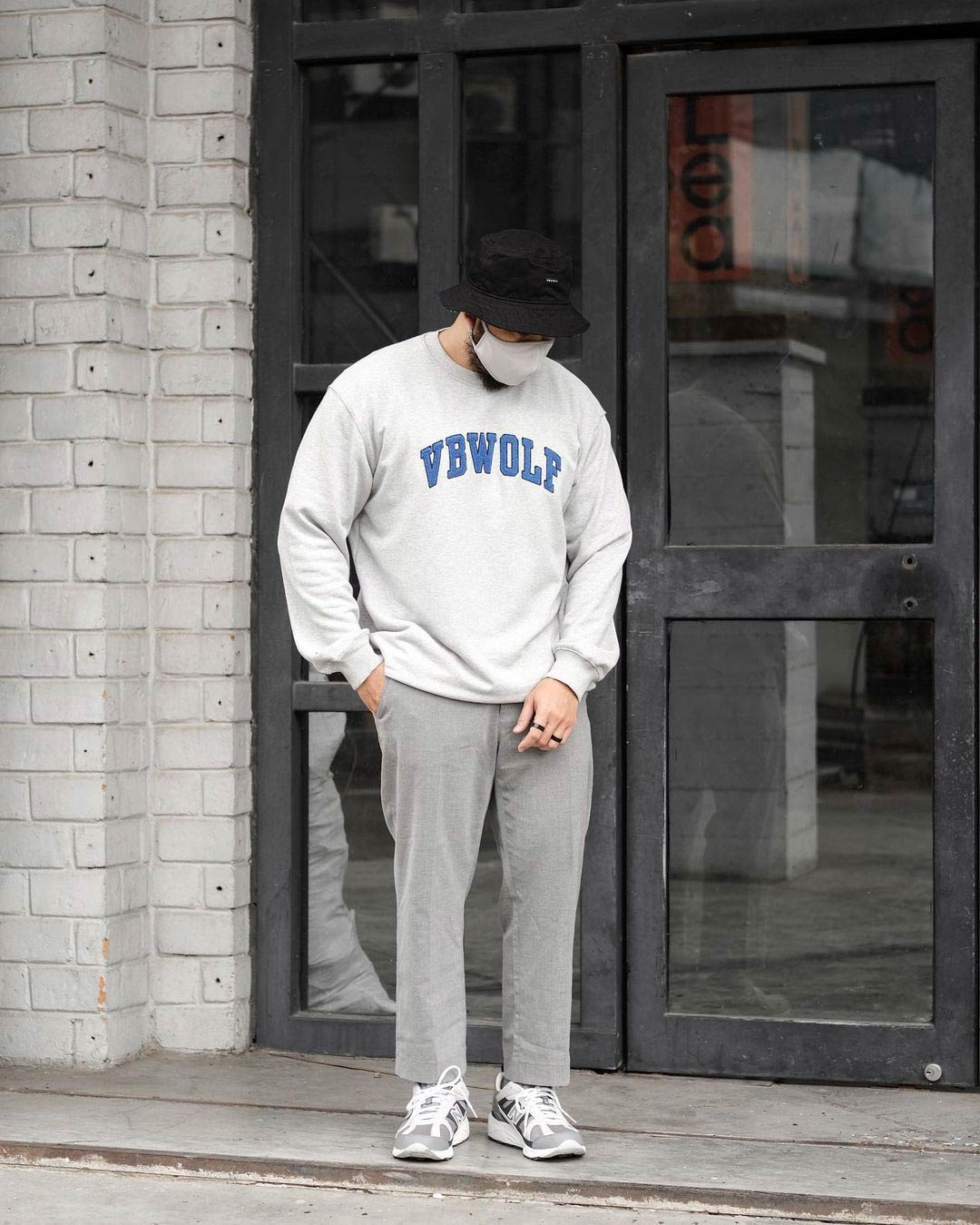 """<strong style=""""text-transform: capitalize; font-weight: 500; font-size: 11px;"""">VBWOLF Towel Sweatshirt</strong> <br> <span style=""""color: #848383;"""">SHOP NOW</span>"""
